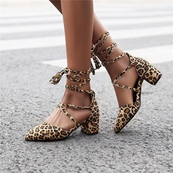 Shoespie Stylish Heel Covering Chunky Heel Pointed Toe Cross Strap Sandals