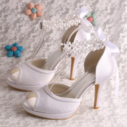 Shoespie Trendy Pearl Stiletto Heel Peep Toe Heel Covering Wedding Sandals