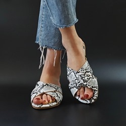 Shoespie Sexy Serpentine Slip-On Flat Heel Summer Slippers