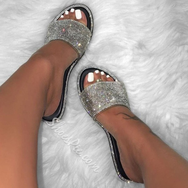Shoespie Stylish Rhinestone Slip-On Flat With Casual Slippers