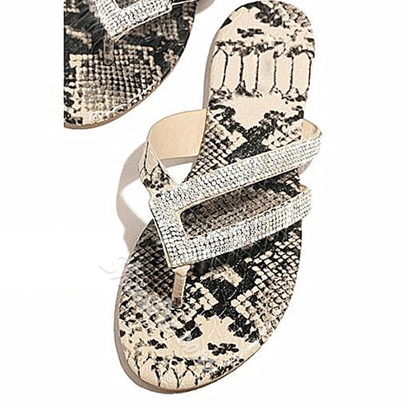 Shoespie Trendy Slip-On Flat With Rhinestone Casual Slippers