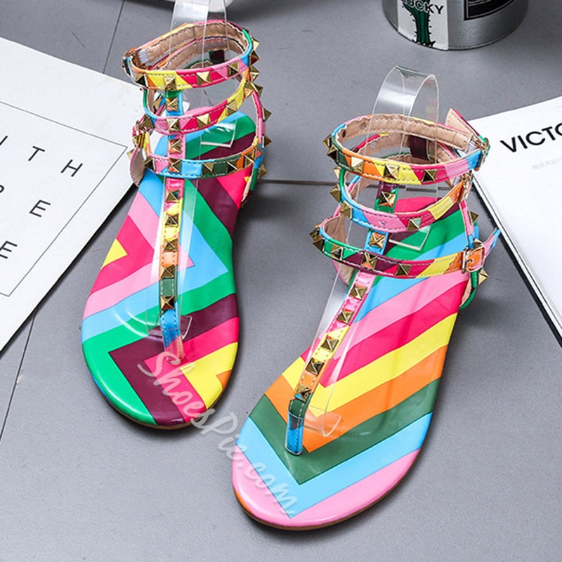 Shoespie Trendy Flat With Buckle Round Toe Floral Sandals