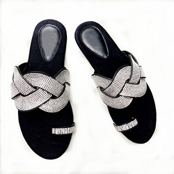 Shoespie Sexy Slip-On Flat With Toe Ring Casual Slippers