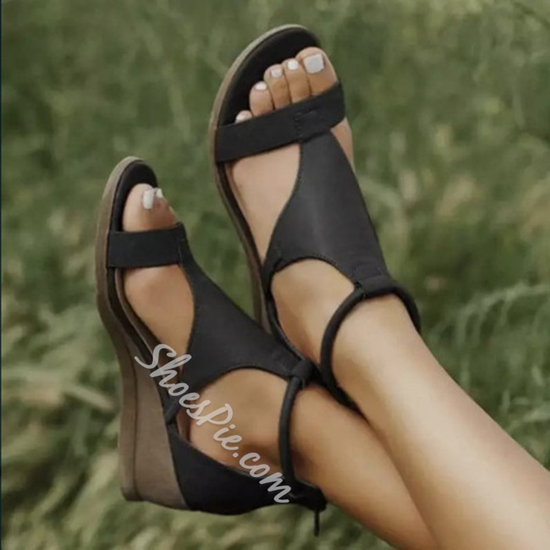 Shoespie Trendy Heel Covering Wedge Heel T-Shaped Buckle Cross Strap Sandals
