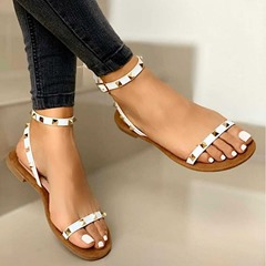 Shoespie Trendy Buckle Open Toe Flat With Rivet Sandals