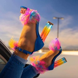 Shoespie Stylish Open Toe Buckle Chunky Heel Feather Western Sandals