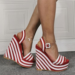 Shoespie Stylish Stripe Buckle Wedge Heel Open Toe Platform Sandals