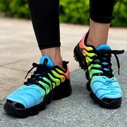 Shoespie Trendy Lace-Up Round Toe Low-Cut Upper Gradient Sneakers