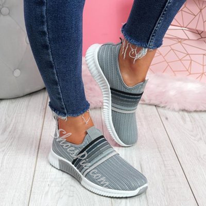 Shoespie Trendy Low-Cut Upper Candy Color Slip-On Western Sneakers
