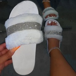 Shoespie Trendy Slip-On Rhinestone Flat With Casual Slippers