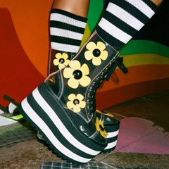 Shoespie Sexy Lace-Up Front Round Toe Floral Platform Boots