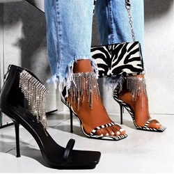 Shoespie Trendy Stiletto Heel Heel Covering Square Toe Fringe Sandals