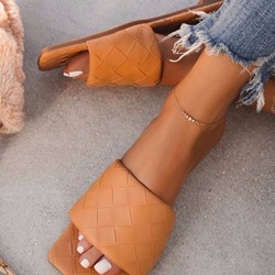 Shoespie Stylish Woven Toe Ring Flat With Casual Slippers