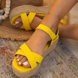 Shoespie Sexy Open Toe Flat With Buckle Professional Sandals