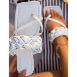Shoespie Stylish Slip-On Thread Thong Patchwork Slippers