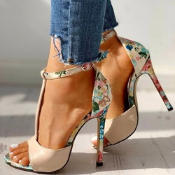 Shoespie Trendy Stiletto Heel Open Toe Buckle Buckle Sandals