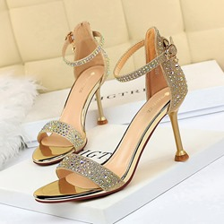 Shoespie Sexy Heel Covering Buckle Stiletto Heel Buckle Sandals