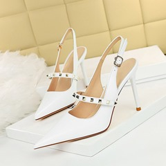 Shoespie White Stylish Buckle Pointed Toe Stiletto Heel Rivet Sandals