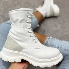 Shoespie Stylish Plain Block Heel Lace-Up Front Thread Boots