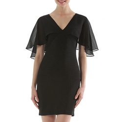 ShoespieV-Neck Above Knee Half Sleeve Bodycon Dress