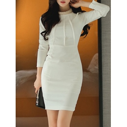 Shoespie Plain Chain Round Neck Long Sleeve Bodycon Dress