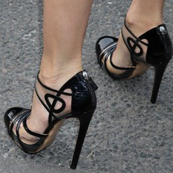 Amazing Dress Wearing Pointed-toe Heels