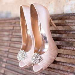 Shoespie Luxurious Slik Rhinestone Peep Toe Stiletto Heels