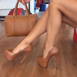 Shoespie Sexy Brown Round Toe Slip-On Platform Stiletto Heels