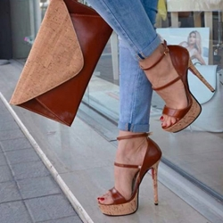 Shoespie Trendy Brown Heel Covering Buckle Open Toe Platform Heels