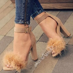 Shoespie Solid Buckle Strap Chunky Heel Sandals