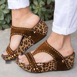 Shoespie Leopard Wedge Heel Rivet Slippers