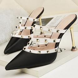 Shoespie Trendy Stiletto Heel Closed Toe Rivet Slippers