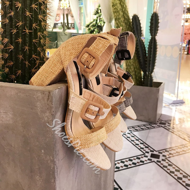 Shoespie Buckle Chunky Heel Sandals