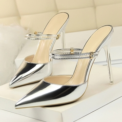 Shoespie Stiletto Heel Pointed Toe Backless Sandals