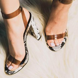 Shoespie Trendy Line-Style Buckle Chunky Heel Open Toe Casual Sandals