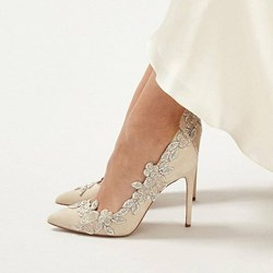 Shoespie Trendy Floral Stiletto Heel Pointed Toe Bridal Shoes