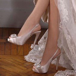 Shoespie Stylish Rhinestone Peep Toe Slip-On Stiletto Heel Wedding Shoes